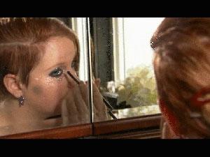 Lydia Parker é uma das adolescentes com os tiques misteriosos (Foto: BBC)