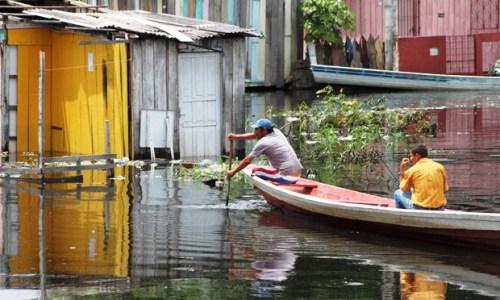 Em Manaus, 16 bairros foram afetados pela cheia deste ano (Foto: Carlos Eduardo Matos/G1 AM)