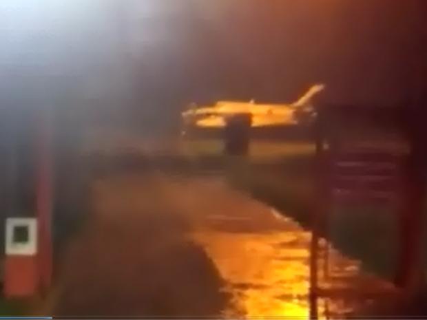 Avião antes da decolagem em Adamantina (SP) (Foto: Divulgação)