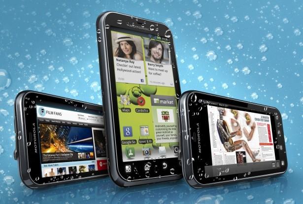 Motorola Defy+ (Foto: Divulgação)