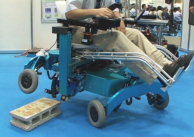 Sensores e sistemas embarcados permitem que rodas superem obstáculos pelo caminho (Foto: Reprodução)