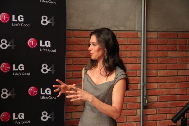 Atriz Maria Fernanda Cândido participou do evento do lançamento da primeira Smart TV Ultra HDTV no Brasil (Foto: Rodrigo Bastos)