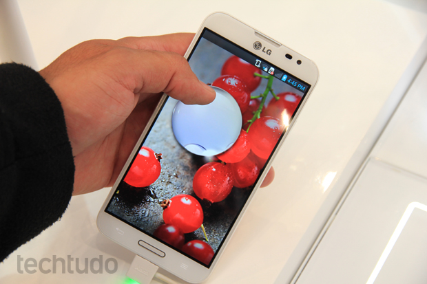 Optimus G Pro vem equipado com Android 4.1 Jelly Bean (Foto: Allan Melo/TechTudo)