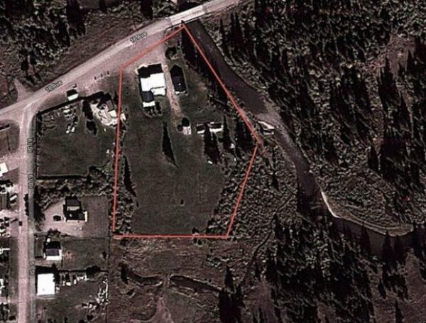 Terreno da casa que está sendo vendida no Canadá por 6750 Bitcoins (Foto: Reprodução/Geek)