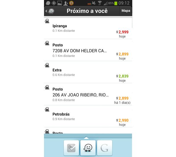 Preços da gasolina podem ser acessados no Waze (Foto: Reprodução/Aline Jesus)