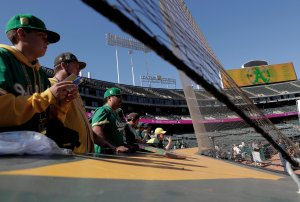 A's, Giants to extend protective netting to foul poles in 2020