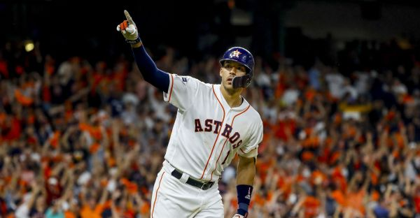 One swing and a magical finish for Astros, Carlos Correa