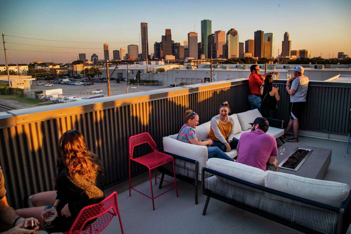 these houston restaurant patios are