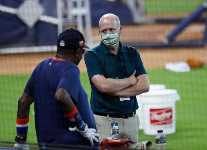 Astros GM James Click on facing former team: 'On a scale of zero to weird, is pretty weird' - HoustonChronicle.com