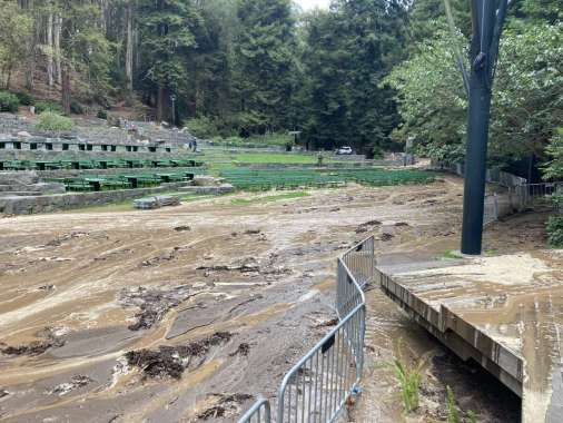 At least 700,000 gallons of water flooded Stern Grove on Monday after a water main broke.