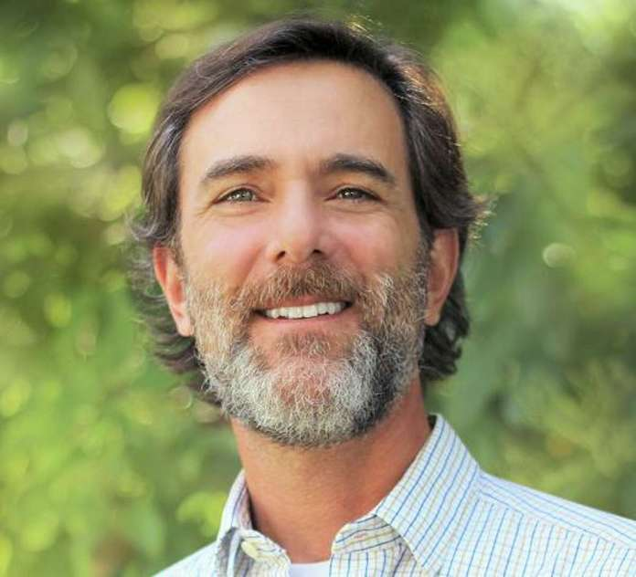 Ilan Levin is associate director of the Environmental Integrity Project.