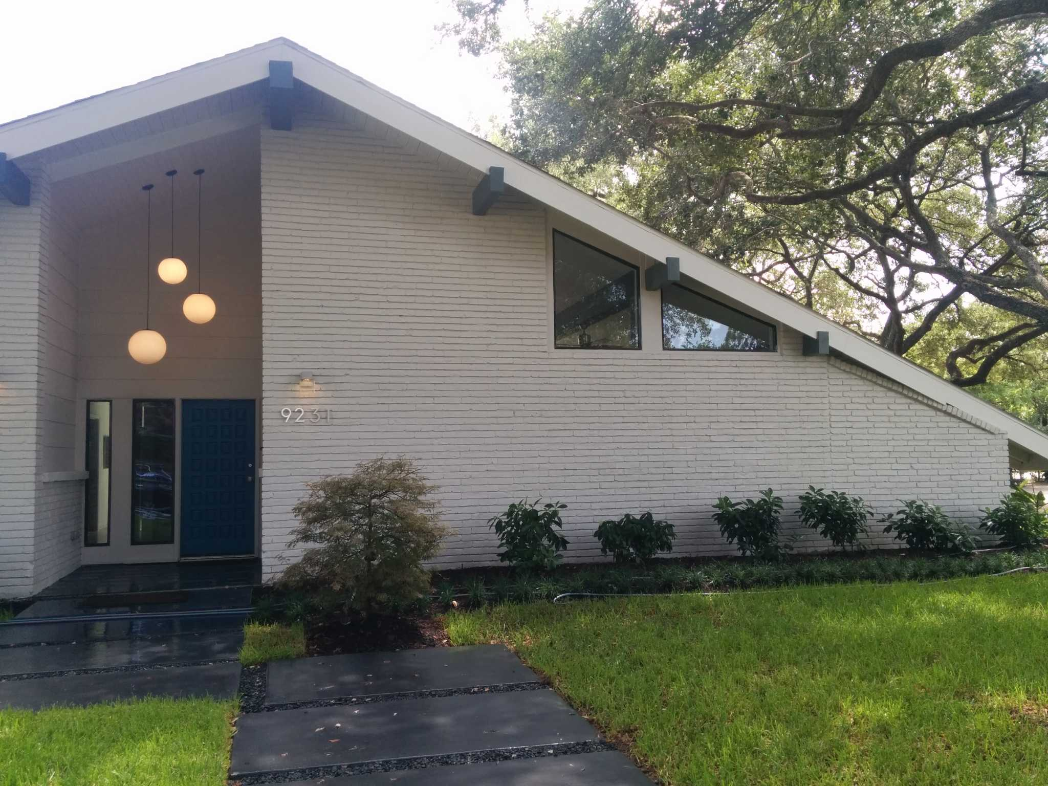Before And After The Revival Of A Midcentury Home In