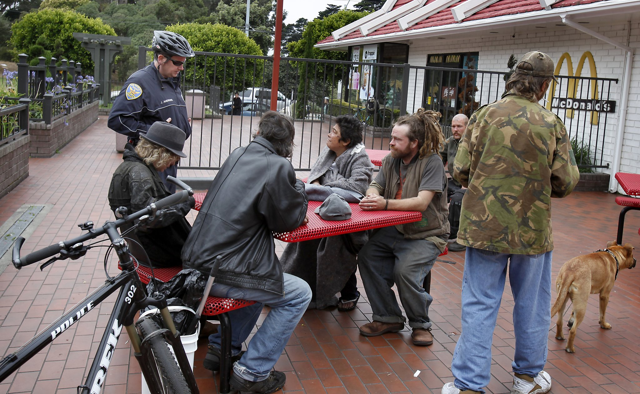Sf Demands Mcdonald S Clean Up Drug Activity At Haight Location