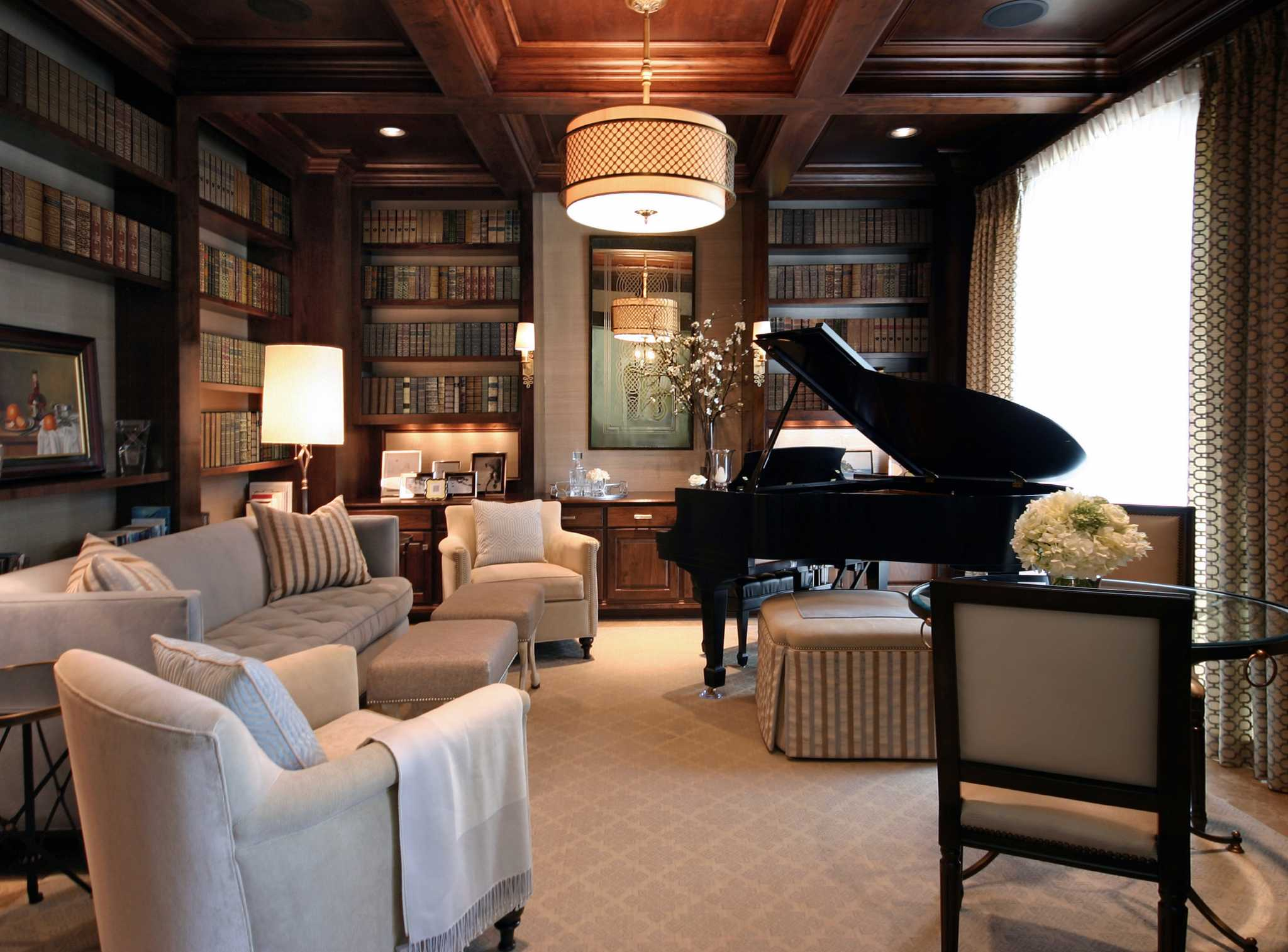 Interior Designers Offer Tips On Approaching Home