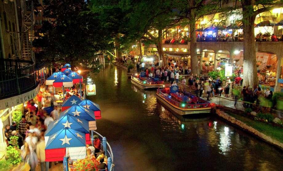 18 River Walk Restaurants San Antonio Locals Actually Like