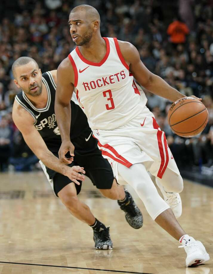 Rockets guard Chris Paul has scored at least 20 points in four of his last five games. The Rockets are 16-2 this season when Paul scores at least 20 points. Photo: Darren Abate/Associated Press