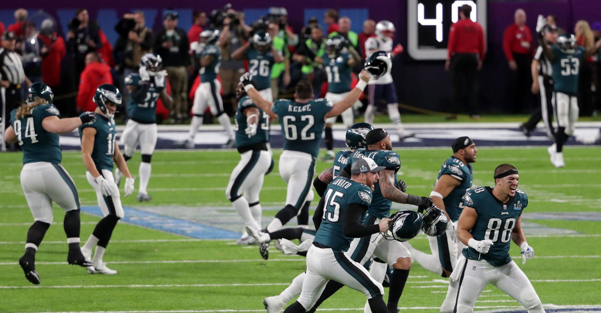 Eagles Topple Patriots To Earn 1st Super Bowl Title
