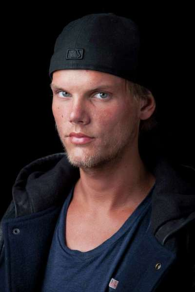 Avicii took his own life by cutting himself, according to ...