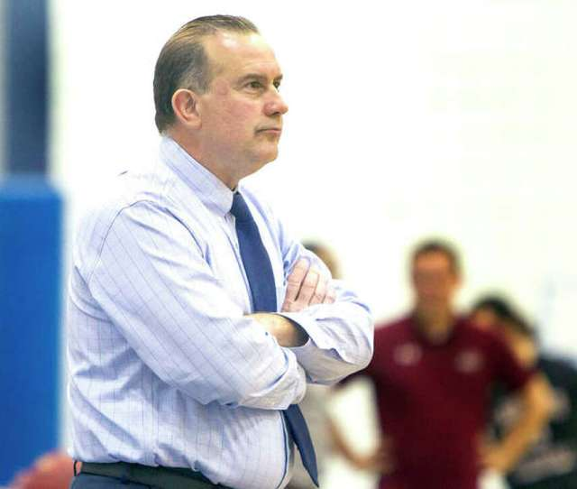 Lccc Mens Basketball Coach Doug Stotlers Trailblazers Dropped A 64 50 Decision Saturday Night In