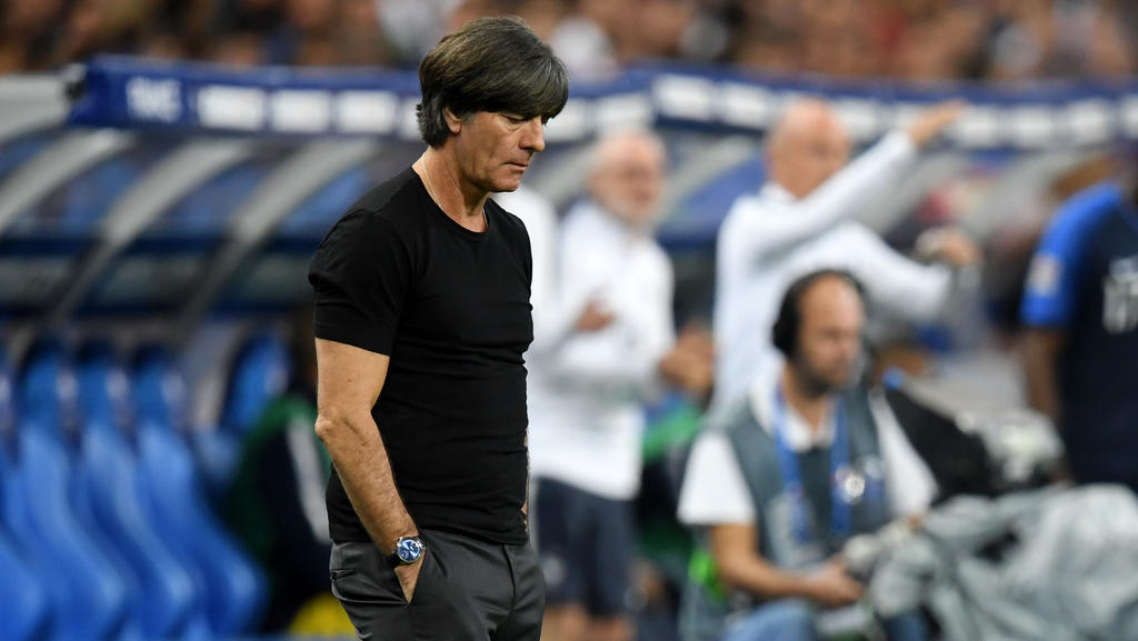 https www sport de news ne3397091 dfb coach joachim loew steht nach dem frankreich spiel rede und antwort
