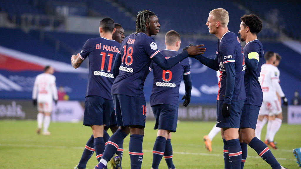 https www worldfootball net news n4304873 pochettino gets first win with psg but lyon stay top of ligue 1