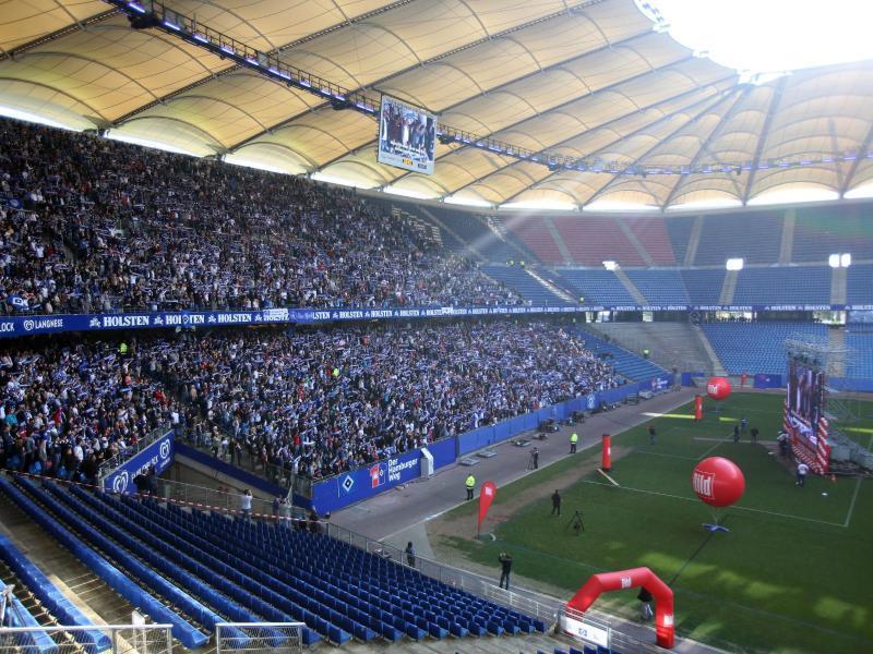 13 000 hsv fans feiern den