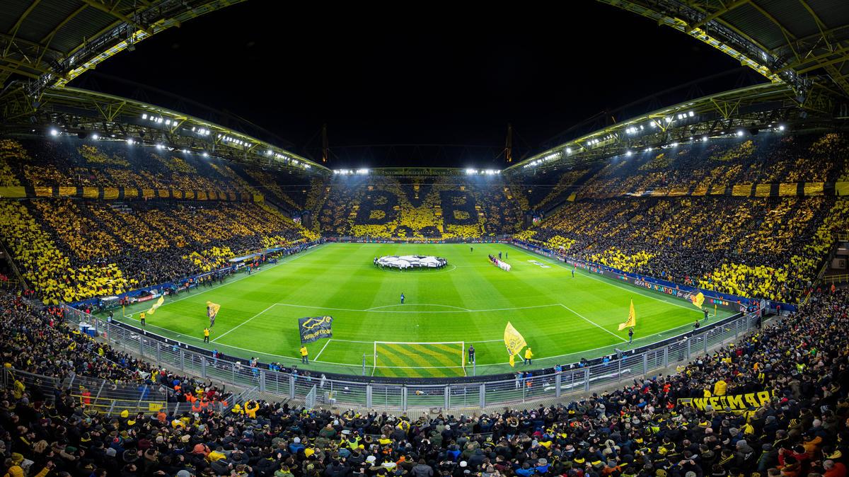https www sport de news ne4170691 bvb schoepft fan kontingent nicht aus nur 10000 fans gegen gladbach im stadion