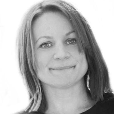 Angela Hanscom Headshot