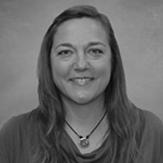 Lara Kain Headshot