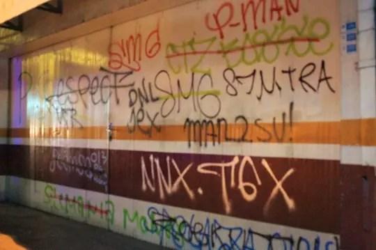 Balasan Dari Kenapa Jogja Penuh Coretan Grafiti Vandalisme