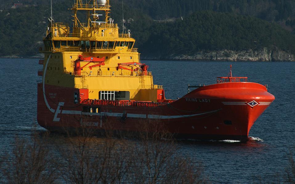 Το υβριδικό σύστημα κίνησης του Viking Lady σχεδιάστηκε από τμήμα Ερευνας και Καινοτομίας του νορβηγικού νηογνώμονα (DNV) στην Ελλάδα, σε συνεργασία με το αντίστοιχο τμήμα της Νορβηγίας και την εταιρεία Wartsila. Οι μετρήσεις έδειξαν πως η εξοικονόμηση καυσίμου αγγίζει το 15%, ενώ οι εκπομπές αερίων του θερμοκηπίου μειώθηκαν κατά 25%.