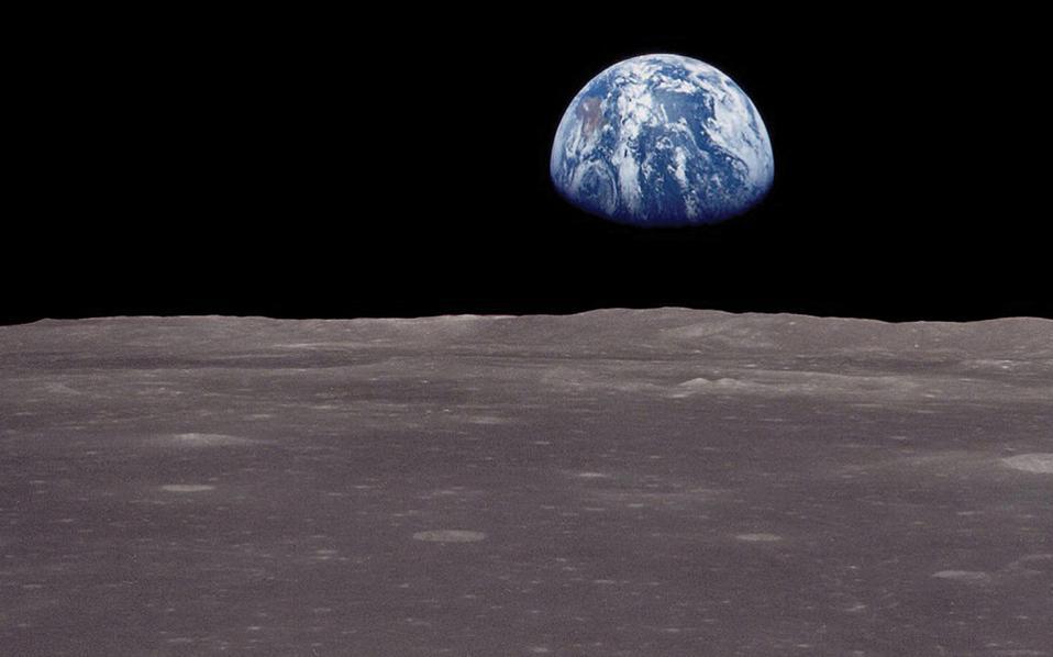 Οι παλιρροϊκές δυνάμεις της Σελήνης πάνω στα νερά των ωκεανών προκαλούν τριβές που μειώνουν σήμερα την περιστροφή της Γης κατά 0,0016 του δευτερολέπτου κάθε αιώνα.