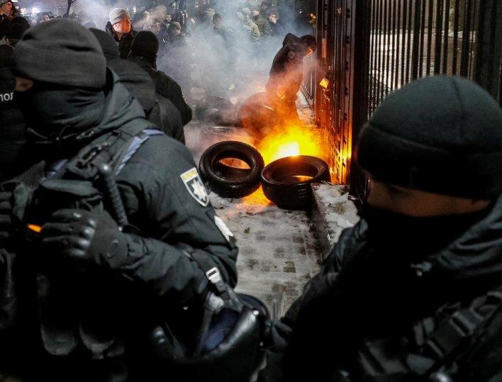 Κίεβο και Μόσχα στη μεγαλύτερη κρίση από τον πόλεμο της Κριμαίας