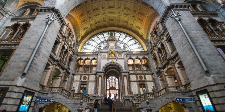 La estación de Amberes, una joya de mármol en la capital del ...