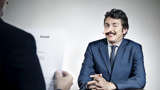 نتيجة بحث الصور عن How to reveal the applicant's lie for a job?
