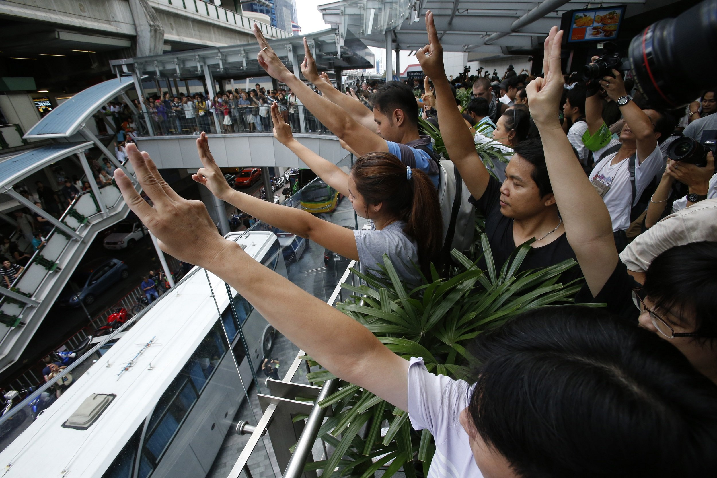 Protesters In Thailand Adopt Hunger Games Protest Sign