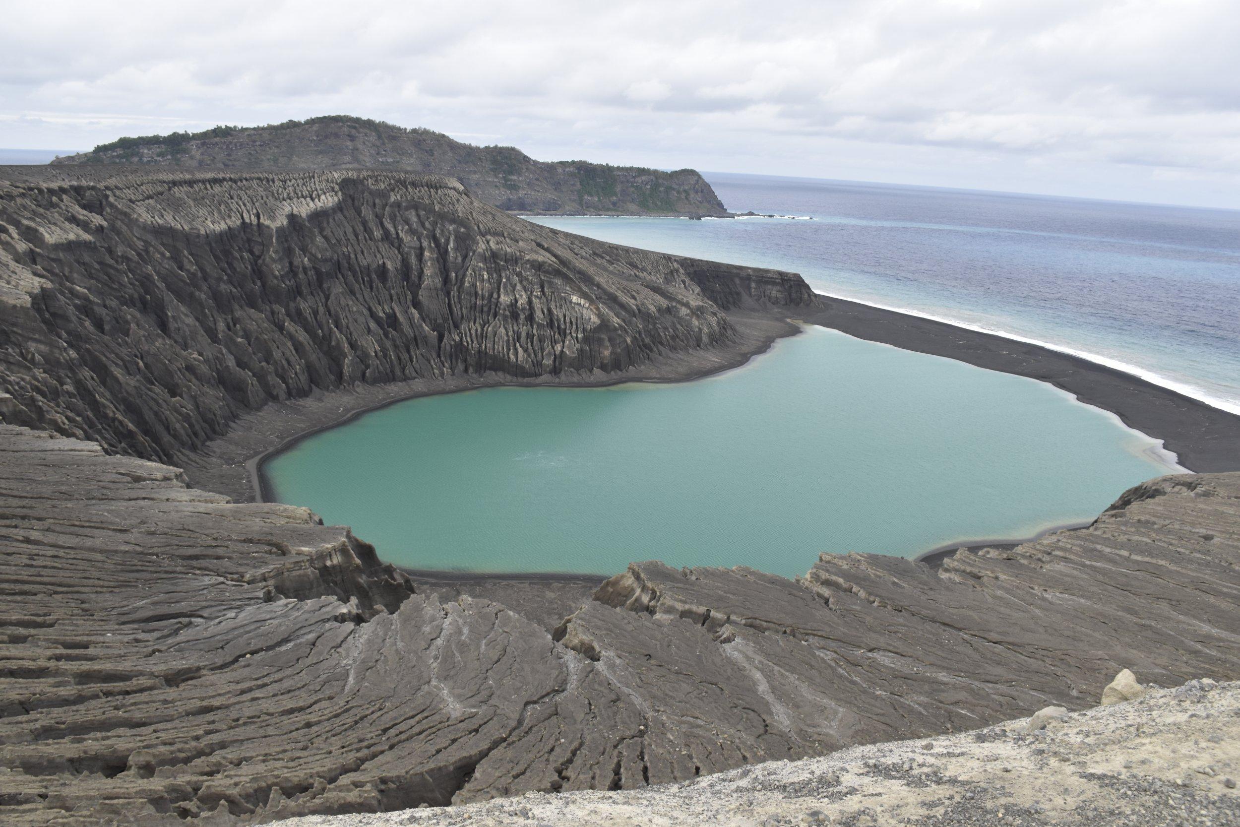 Hunga Tonga New Volcanic Pacific Island Gives NASA A