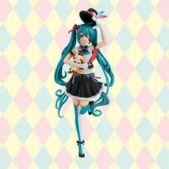 Hatsune Miku x Rascal the Raccoon Special Figure: Hatsune Miku x Rascal FuRyu