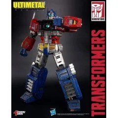 ULTIMETAL TRANSFORMERS: OPTIMUS PRIME (BATTLE DAMAGED) by Action Toys
