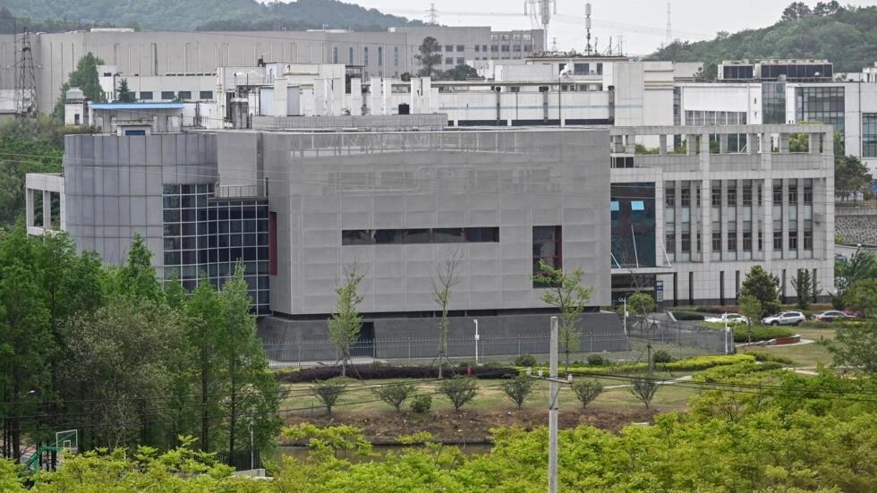 Viện Virus học Vũ Hán, Trung Quốc.