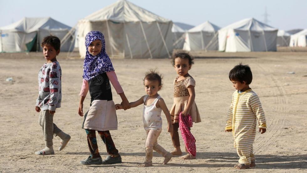 Un camp de déplacés par les combats dans la province d'al-Jawf, au nord du Yémen, entre les forces gouvernementales et les Houthis, à Marib, au Yémen, le 8 mars 2020.