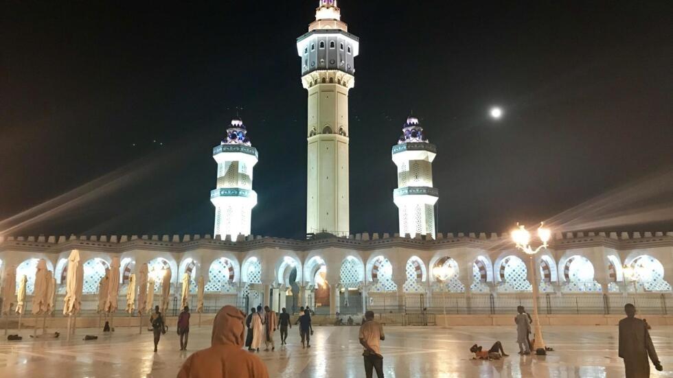 La grande mosquée de la ville sainte des Mourides, Touba (image d'illustration)