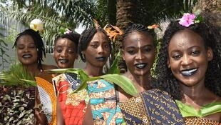 The Moms of Congo sing traditional tunes of the Kongo people in the Lari language.