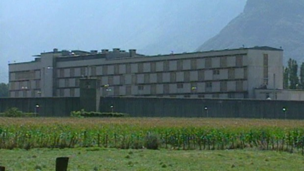 prison grenoble Varces