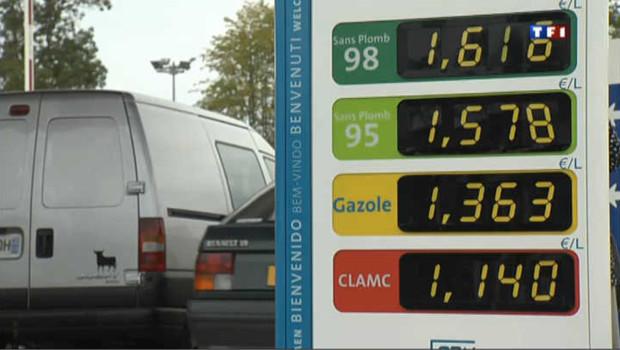 Traque à la station essence la moins chère