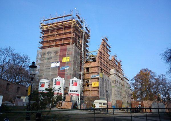 Zamek Gargamela w budowie, listopad 2011 roku.