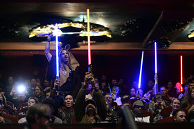 'Star Wars: The Force Awakens' review: 'Just see it. You'll love it'