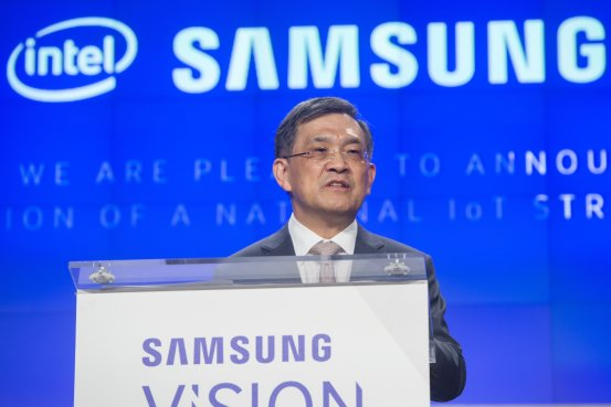 Samsung's Leadership Crisis Deepens as CEO Plans Exit BN VO759 2E09J G 20171013040432