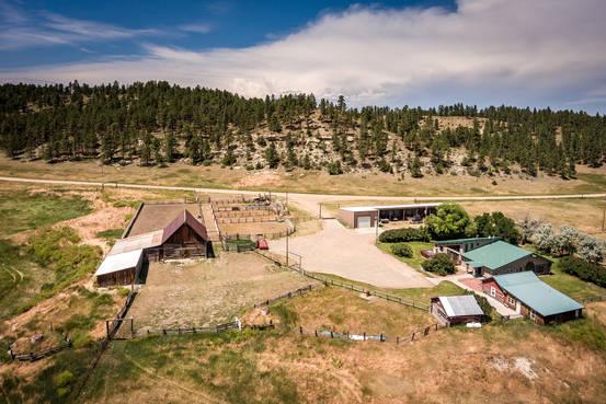 Entrepreneur Lists Two Montana Ranches for About $14 Million Each MN AP779A CRUZ  G 20171009163142