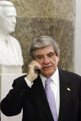 [Sen.Ben Nelson plans an amendmentto tighten rules on funding for abortion]